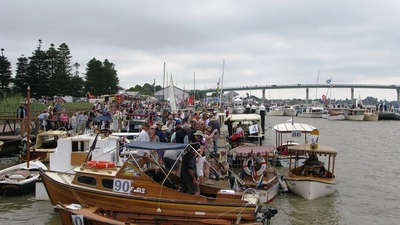 South Australian Wooden Boat Festival, kids activities Goolwa, Griff Rhys Jones, rough and ready competition, historic wharf Goolwa, wooden boats paddlesteamers goolwa, steamranger victor harbor goolwa, pirates band of misfits cinema, twilight cinema, fireworks hindmarsh island