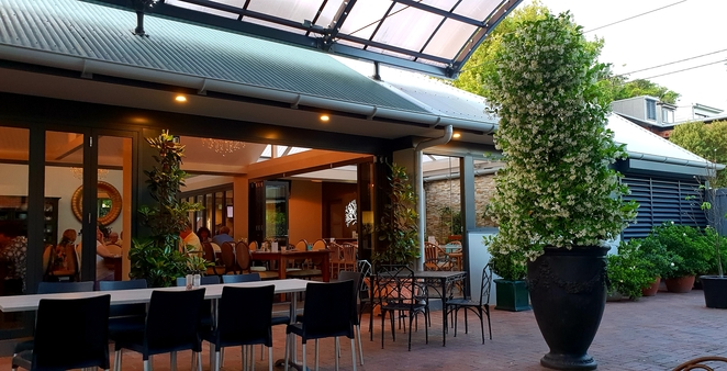 Hotel, Newcastle, Cooks Hill, family, beer garden, dining, al fresco, casual, relaxed