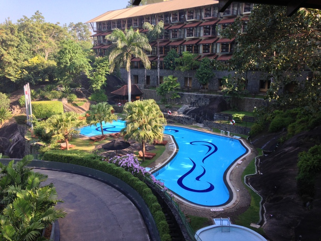 Kandy, Holiday in kandy,earl's regency hotel, aitken spence hotels, five star hotel in Kandy, holiday in kandy