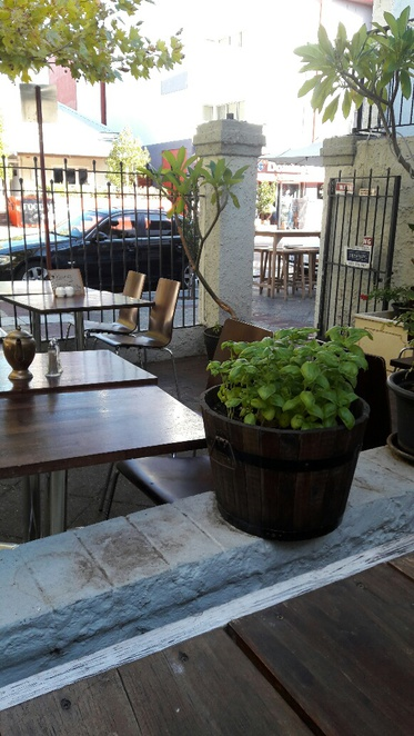 Little Bird Cafe, outdoor seating