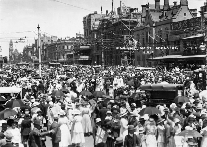 Military Vehicle and Equipment Displays, Armistice Day, world war, free, adelaide, south australia, king william street