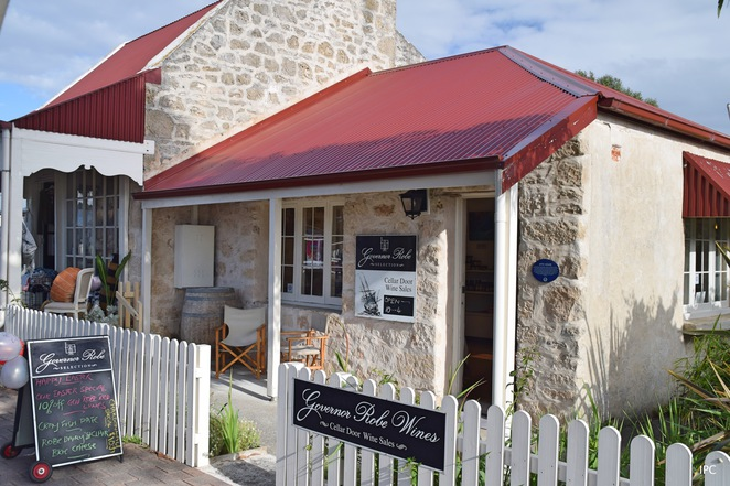 Visit Robe, Things to do in Robe, Robe Visitor Information Centre, Long Beach, Little Dip, Robe Brewery, Karatta Wines, Mt Benson, Cape Jaffa, Limestone Coast