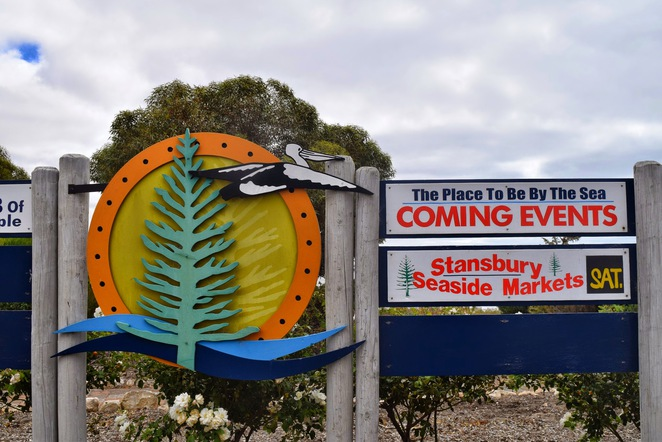 Stansbury Seaside Markets, Stansbury Foreshore, Stansbury Progress Association, Stansbury Oysters, Tymar Spice House, Grunds, Seashells, Holiday Markets