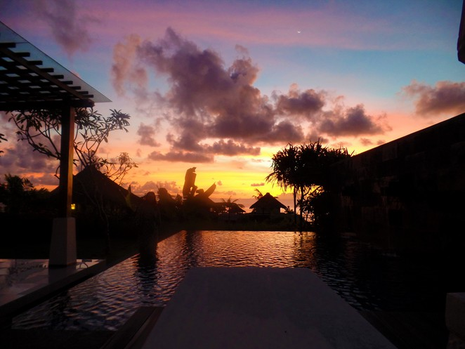 sunrise at Samabe Bali Suites & Villas