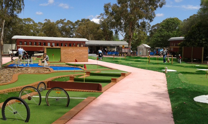 yarralumla play station, weston park railway, mini golf, childrens parties, petting zoo, canberra, school holidays, family fun, kids activities,