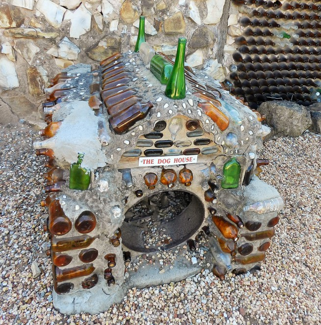 Bottle House, bottle, Lightning Ridge, museum, collection