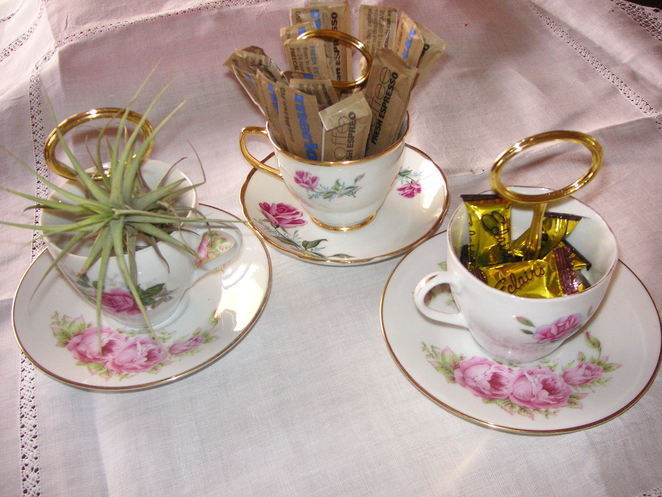 collectable cups, vintage china, hanging cups, retro, fine china, cups and saucers, gold handles, market, organic, homemade, craft, rose pattern, floral cups,