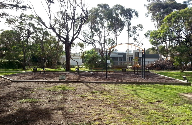 Fun and Fitness Trail, Park Fitness Equipment