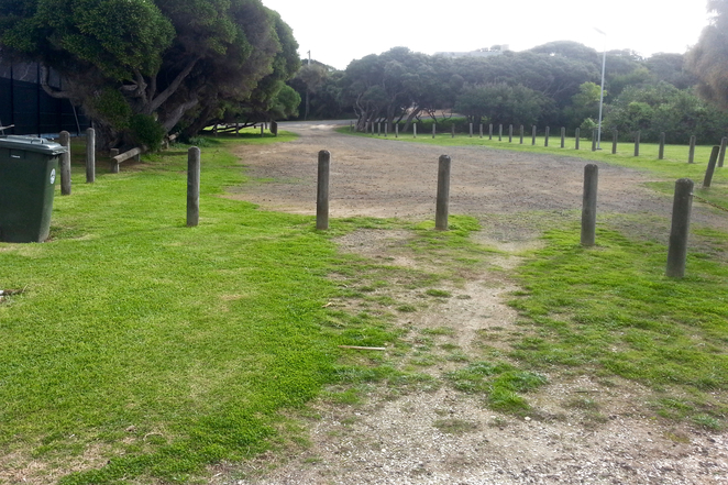 Ganes Reserve, Point Lonsdale, car park, Laker Drive,