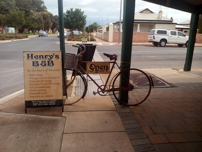 Henry's B&B, heritage accommodation, Moonta, Russell and Matthew, Bowen Bowie Photography, bed and breakfast, bicycle