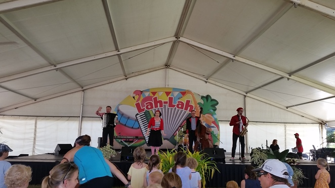 Lah-Lah and Her Big Live Band, singing, children music, children band, music concert