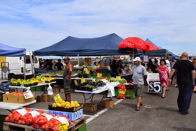 Top 7 Farmers Markets in SA, Adelaide Showgrounds Farmers Market, Willunga Farmers Market, Old Spot Hotel Farmers Market, Farm Direct, Lightsview Market, Victor Harbor Farmers Market, Willunga Farmers Market, Barossa Farmers Market, Mt Pleasant Farmers Market
