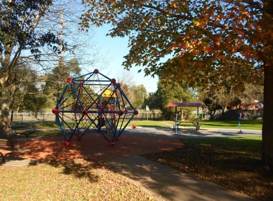 mildred avenue playground, playground in hornsby, hornsby parks
