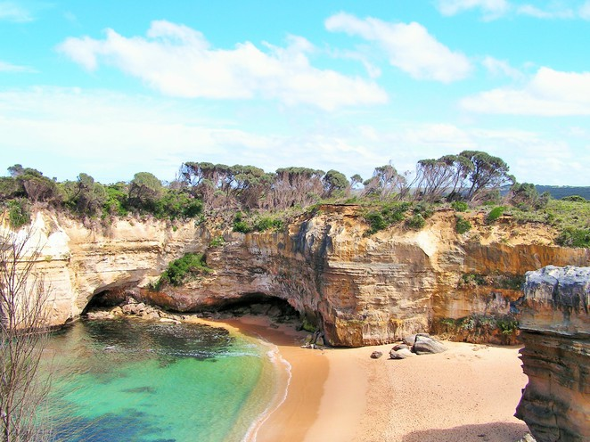 places to visit in Victoria,day trips from Melbourne,weekend getaways,day trips Victoria,long weekend,weekend getaways Melbourne,great ocean road,Apollo bay,12 apostles,otway, port campbell, twelve apostles,
