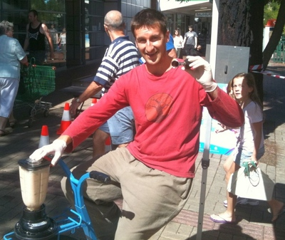 smoothie, smooth revolution, organic, green, healthy, permaculture, adelaide, pedal powered, food truck, pop up
