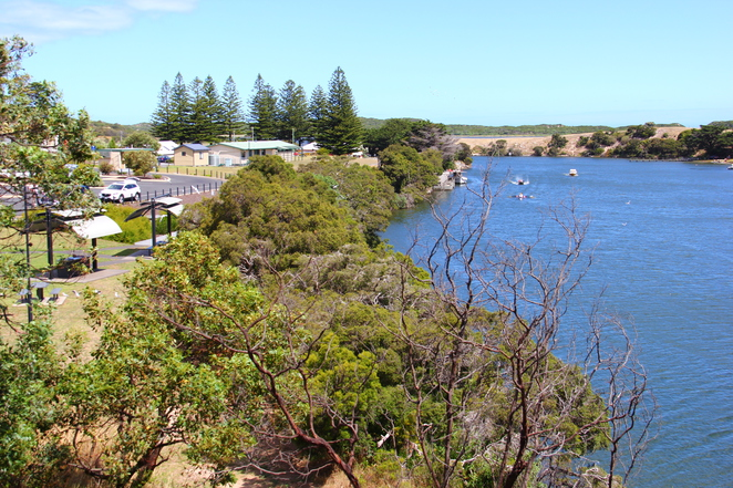 The Nelson township and its Glenelg River frontage.