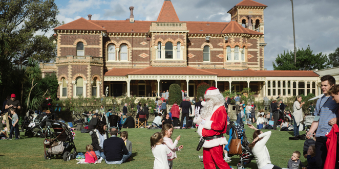 Twilight Christmas Festival , Rippon Lea, National Trust, 150 years old, Christmas with atmosphere