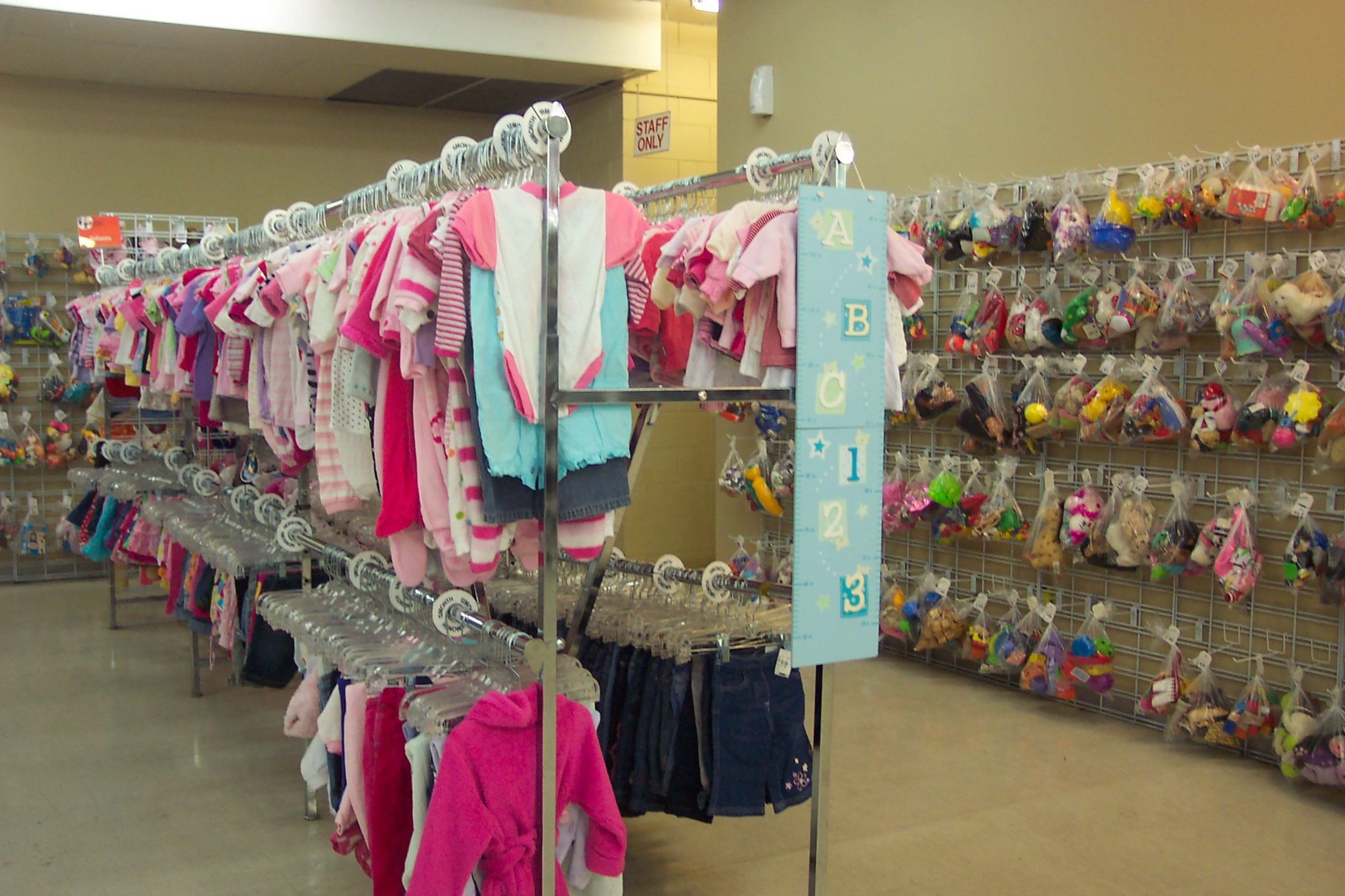 Babies clothing stores. Women clothing stores