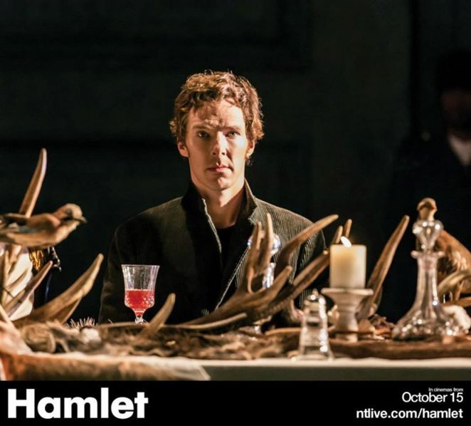 benedict cumberbatch in hamlet at barbican National Theate LIve