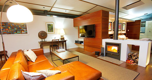Crystal Creek rainforest retreat, large lounge, romantic mountain accomodation near Gold Coast, best rainforest accomodation, room with fireplace and spa