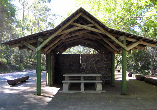Barbecue and picnic shelter at the JC Slaughter Falls Picnic Area