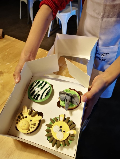 The Baking Edge cupcake decorating class, perth cupcake class, perth cupcake workshop