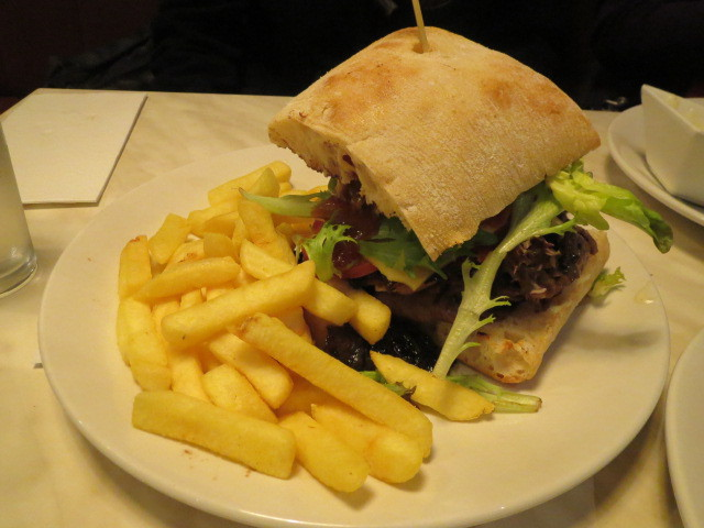 Windmill Hotel, Mill Steak Burger, Adelaide