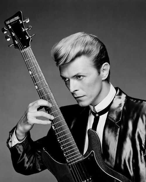 bowie, david bowie, dan armstrong, guitar
