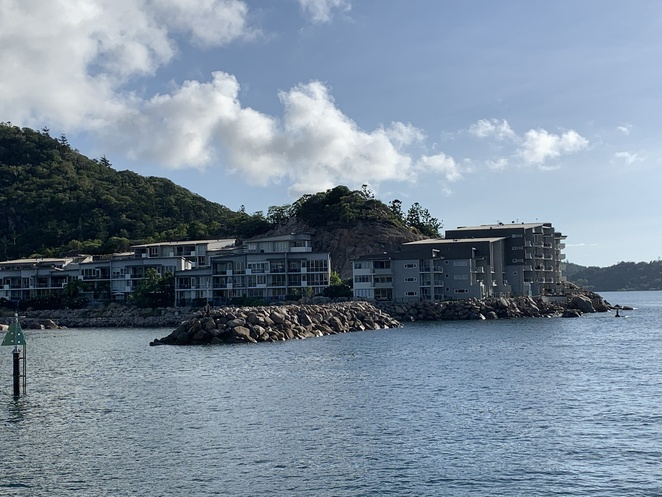 Magnetic Island, Magnetic Island National Park, Townsville, SeaLink passengers ferry, Secluded beaches, Boulders, Forest, Koala Population, Balding Bay and Radical Bay Magnetic Island, Hiking Magnetic Island, Nelly Bay,
