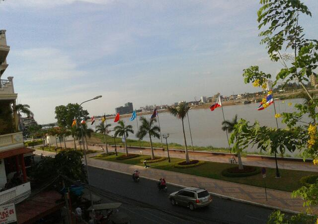 phnom penh, river front, foreign correspondence club, cambodia