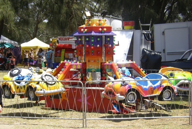 rides,at,Narrabeen,Festival