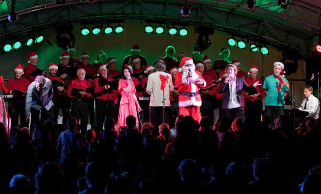 santa claus, santa, christmas, presents, christmas carols, singing, kings beach, caloundra