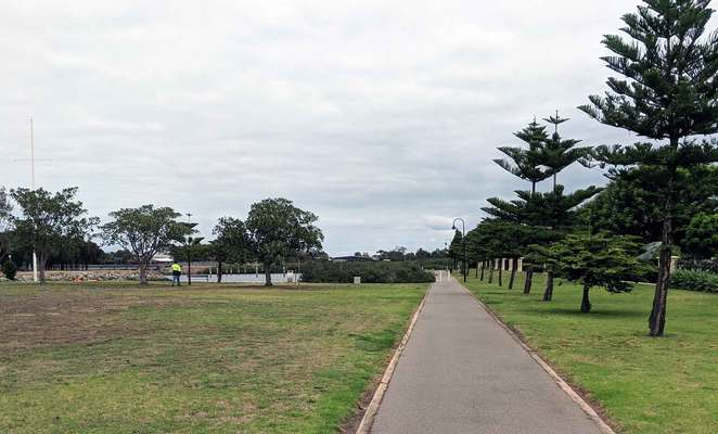 The Minories, Port Adelaide, playground, fishing, dolphins, parks, gardens, historical