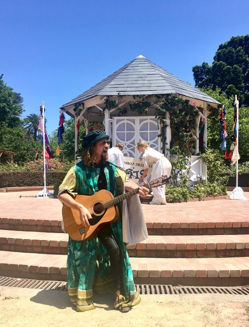 the taming of the shrew 2019, community event, theatre, fun things to do, melbourne shakespeare company, performing arts, live show, improvised show, st kilda botanical gardens, live music, dancing, comedy, adventure,