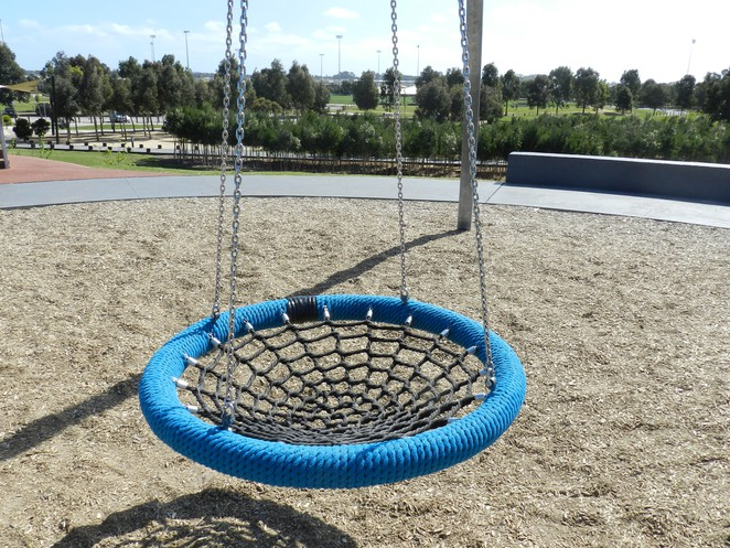 birds nest swing, swing, playground equipment, playgrounds in Casey, playgrounds in cranbourne, playgrounds in melbourne,