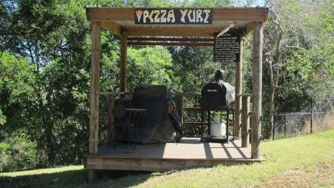 Dayboro Cottages, llamas, llama walks, accommodation, views, pizza yurt, near Brisbane