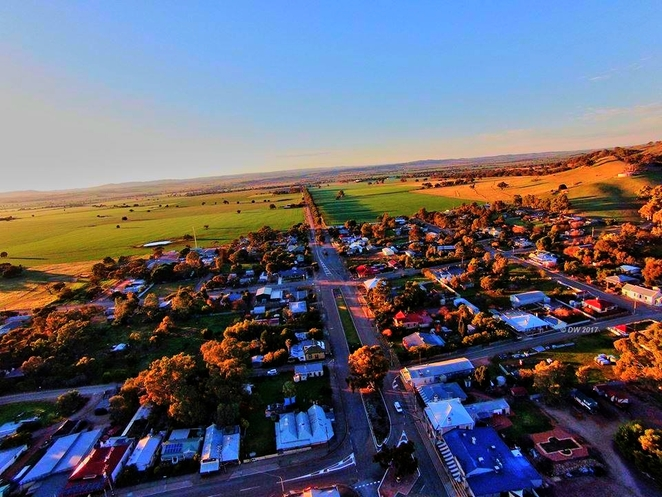 DDs B&B, melrose, flinders ranges, bed and breakfast, B&B, accommodation at Melrose, DDs, melrose in the morning, birds eye view