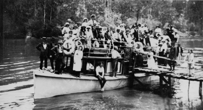 Early photo on Cabbage Tree Creek
