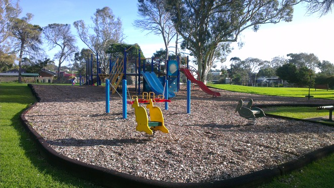 market square, old noarlunga, park, playground