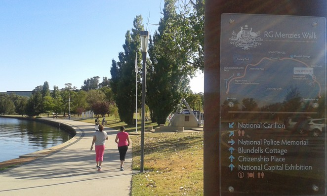 national carrilon, kings park, lake burley griffin, walks, RG Menzies walk, inner loop walk, lake burley griffin circuit, canberra, russell, ACT, national police memorial, boundless,