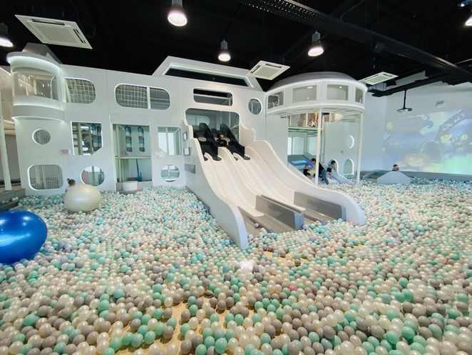 planet mino, play centre, kids fun, indoor playground, ball pool