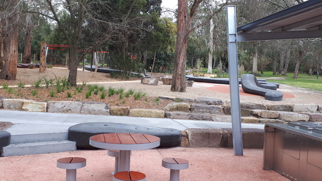 Ringwood Lake Park, barbeques, bbq, picnic, tables, shade, playspace, new playground, slides, trees