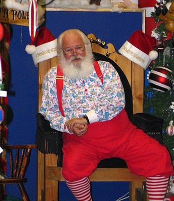 Seasonal Santa in Canada (Source: Wikicommons)