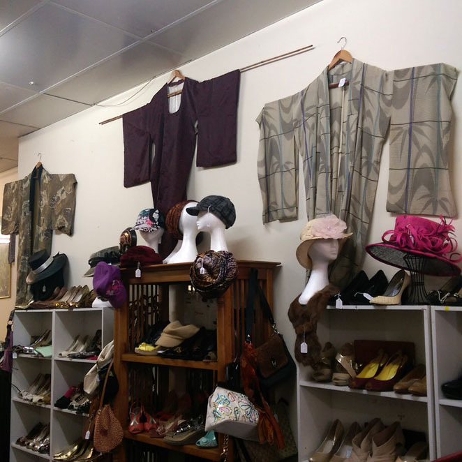 Sumadi, op shop, Semaphore, adelaide, vintage, retro, pre-loved, second hand, bargains, clothing, bags, jewellery