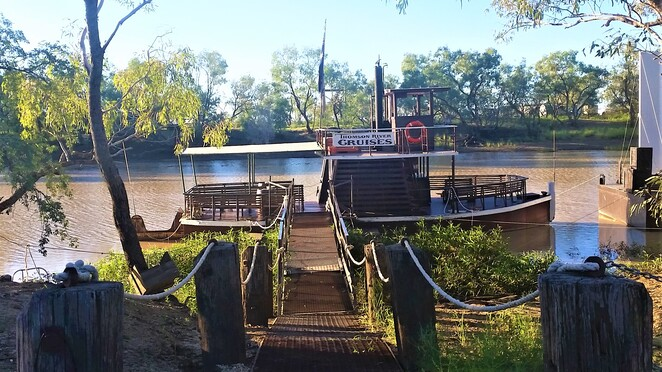 tour, paddle wheeler, river cruise, outback, Queensland, Longreach, Kinnon, Outback Pioneer, Thomson River Cruise