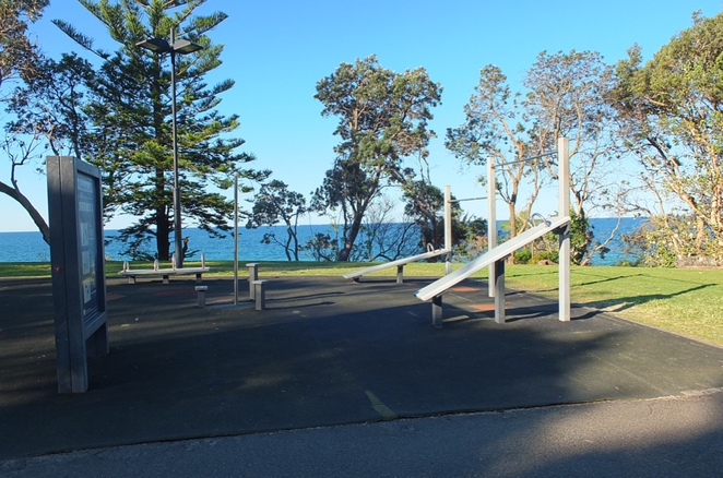 Walk between Alex Heads and Mooloolaba Esplanade, dog-friendly beach area, Mooloolaba Beach Holiday Park, Sculpture of Steve Irwin and Bindi and Robert Irwin, outdoor exercise equipment, Memorial Tribute to HMAS Brisbane