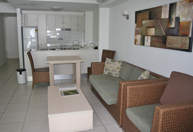 apartment Oaks Cairns