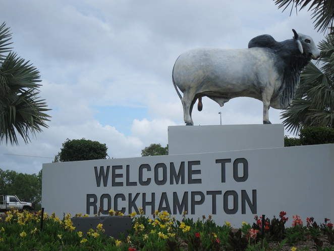 big things, australia, road trip, attraction, tourist, queensland, brisbane, cairns, rockhampton, beef, bulls, beef capital of australia