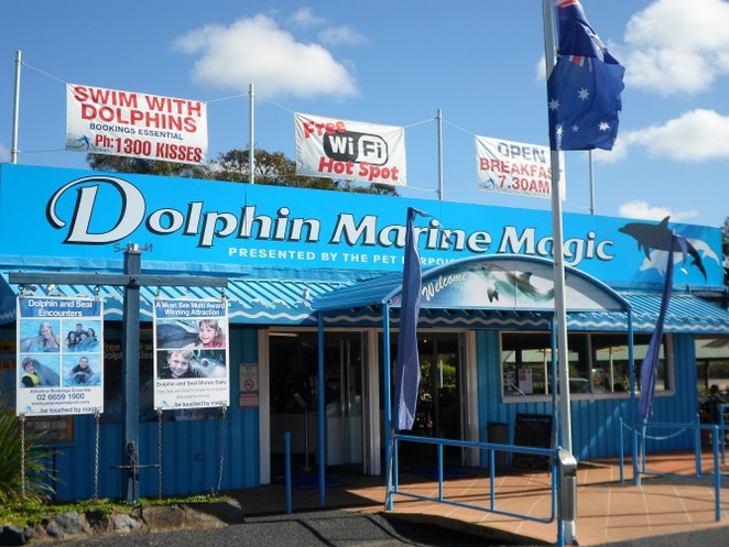 dolphin marine magic coffs harbour