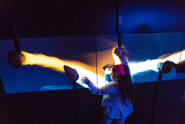 scienceworks - light visual play